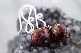 Handmade lampwork bead earrings-Bubby & McGurk beads