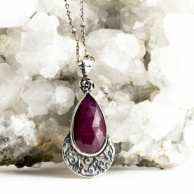 Ruby Rose Necklace-Terra Rustica Design